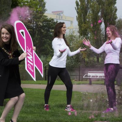 Lord Mayor Nuala gets a dust up for breast cancer research